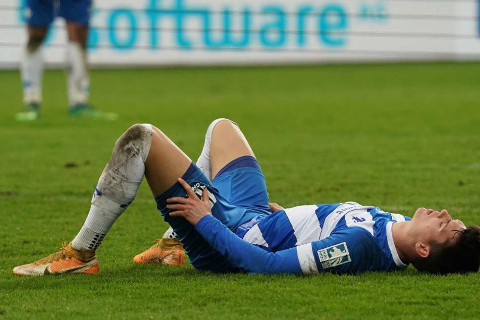 Mathias Honsak kann es nicht fassen: Der Linksaußen war bei der unglücklichen Niederlage der Lilien gegen den 1. FC Nürnberg noch einer der Besten auf dem Platz.