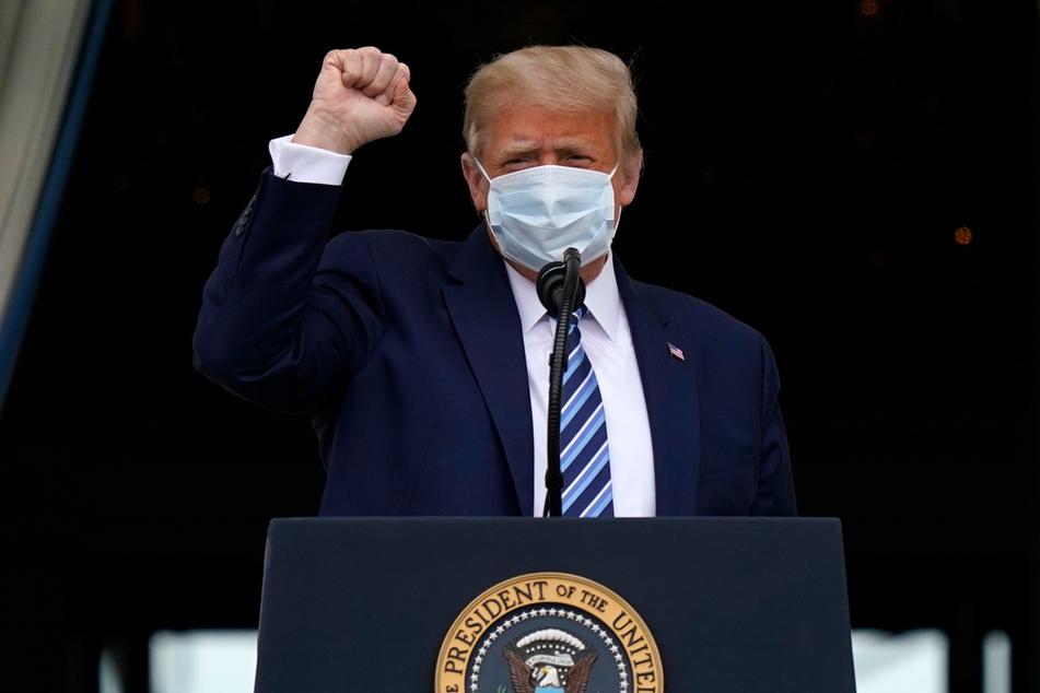 Ex-Präsident Donald Trump (74) behauptet schon lange, dass die Entwicklung von Corona-Impfstoffen ihm zu verdanken sei. Nun wirbt er erstmals offen für das Impfen.