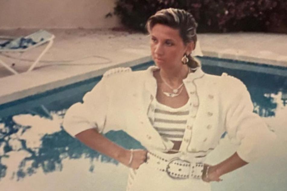 Carmen Geiss: Damals 18, heute 55: Welche Promi-Lady trägt hier Schulterpolster?