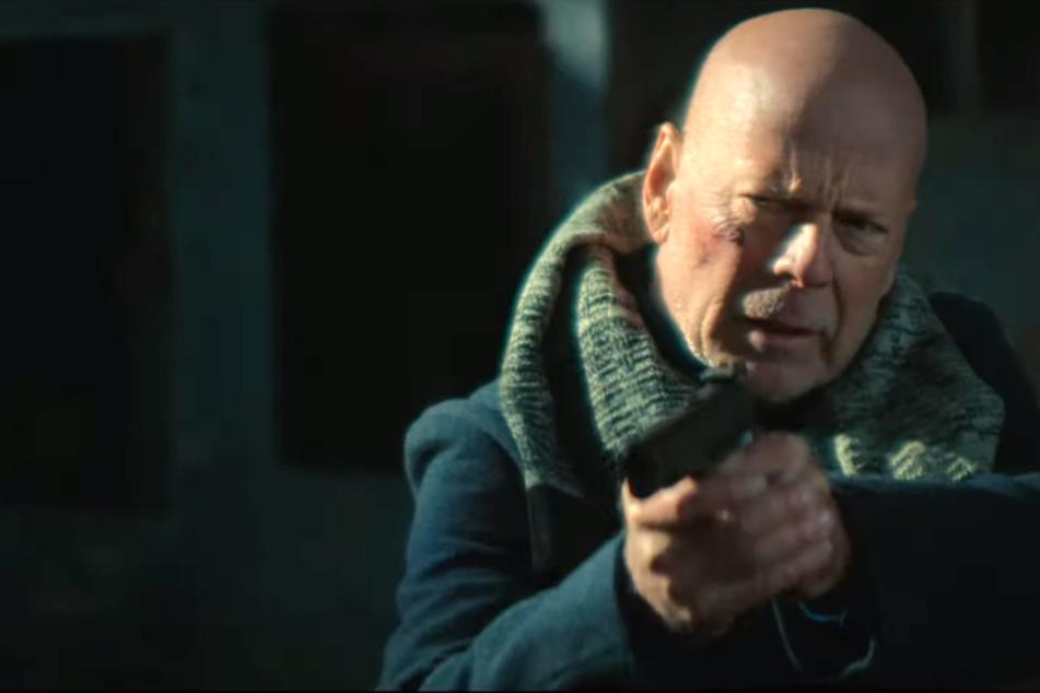 """""""Hard Kill"""": Knallharter Bruce Willis befreit seine Tochter aus den Händen von Terroristen"""