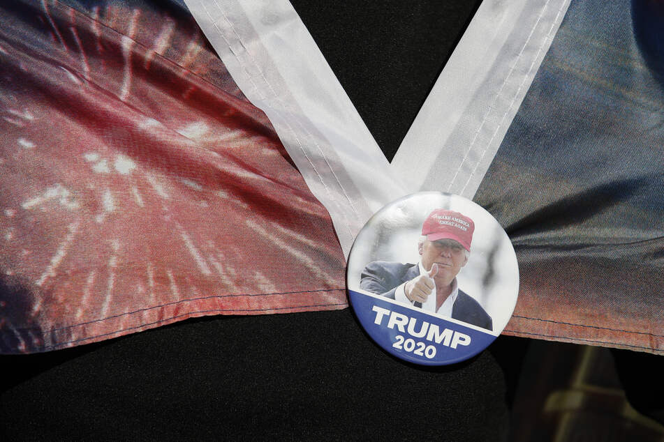 2020 gewann Joe Biden das Duell um die Präsidentschaftswahl in den USA. Für Fans des derzeitigen US-Präsidenten Donald Trump ein Desaster.