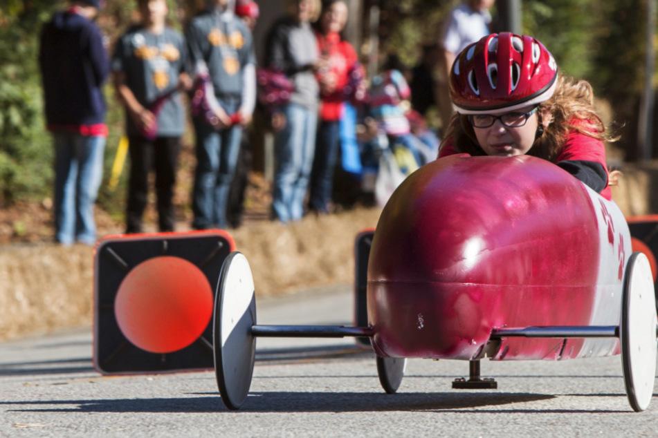 Seifenkistenrennen können ein großer Spaß sein. (Symbolbild)