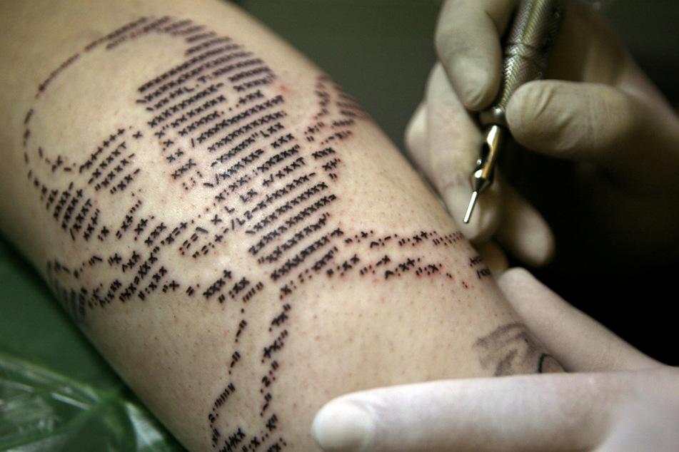 Tattoos, Kosmetik und mehr: Corona-Lockerungen kommen in Hamburg