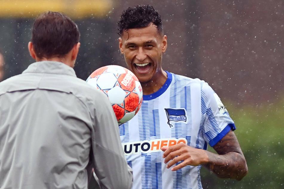 Davie Selke (26) beim Trainingsauftakt von Hertha BSC. Der Angreifer fühlt sich unter Coach Pal Dardai sehr wohl.