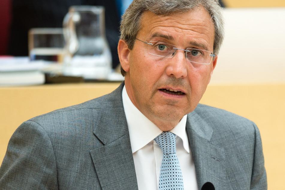 CSU-Landtagsabgeordneter Franz Rieger (61) muss sich vor dem Landgericht Regensburg verantworten.