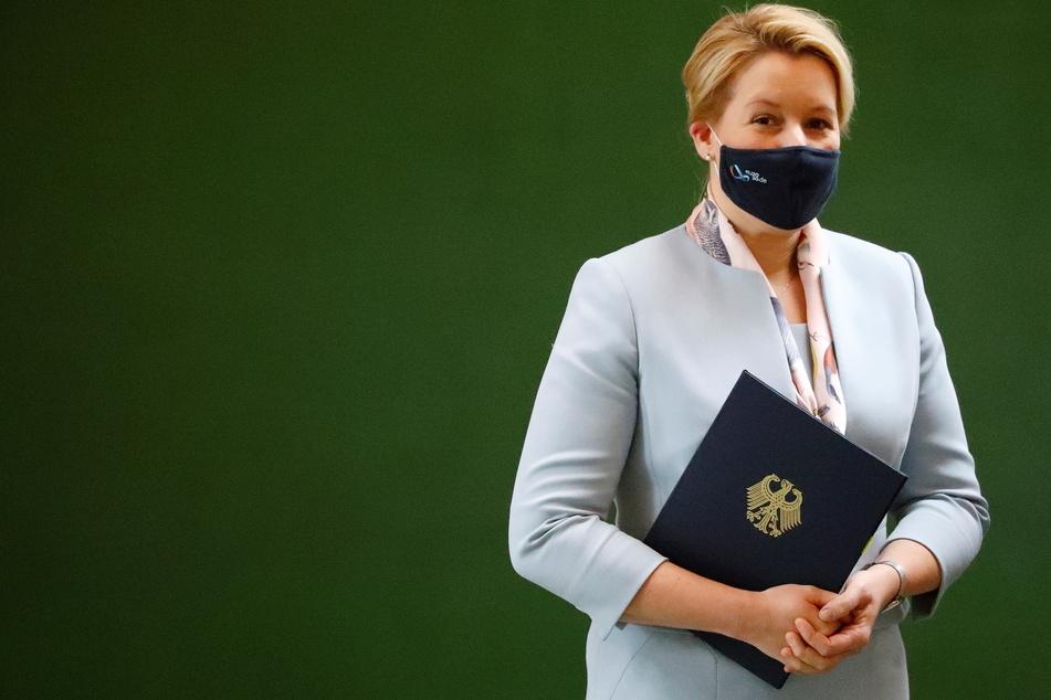 Bundesfamilienministerin Franziska Giffey (SPD) hat sich nicht mit dem Coronavirus infiziert.