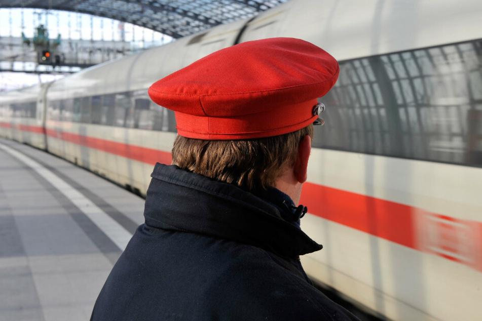 Die Deutsche Bahn erwartet einen Gewinnrückgang für das vergangene Jahr. (Symbolbild)