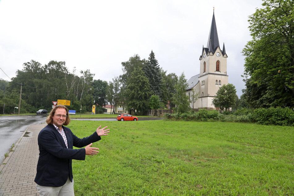 Oberwieras Bürgermeister Holger Quellmalz (40, parteilos) hat bereits ein Grundstück im Blick.