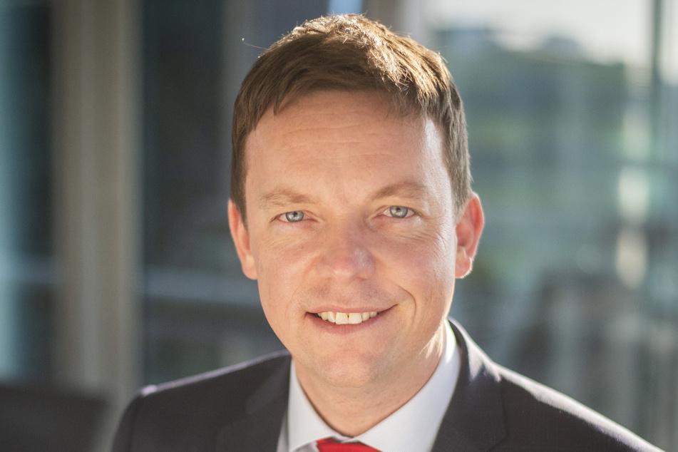 """Tobias Hans (42, CDU), Ministerpräsident des Saarlandes feiert Weihnachten dieses Jahr """"im ganz kleinen Kreis""""."""