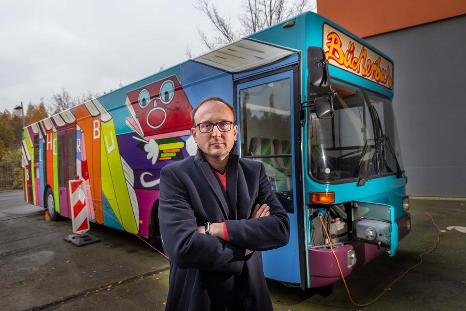 "SPD-Stadtrat Jörg Vieweg (49) will am zweispurigen Ausbau des ""Überfliegers"" festhalten."