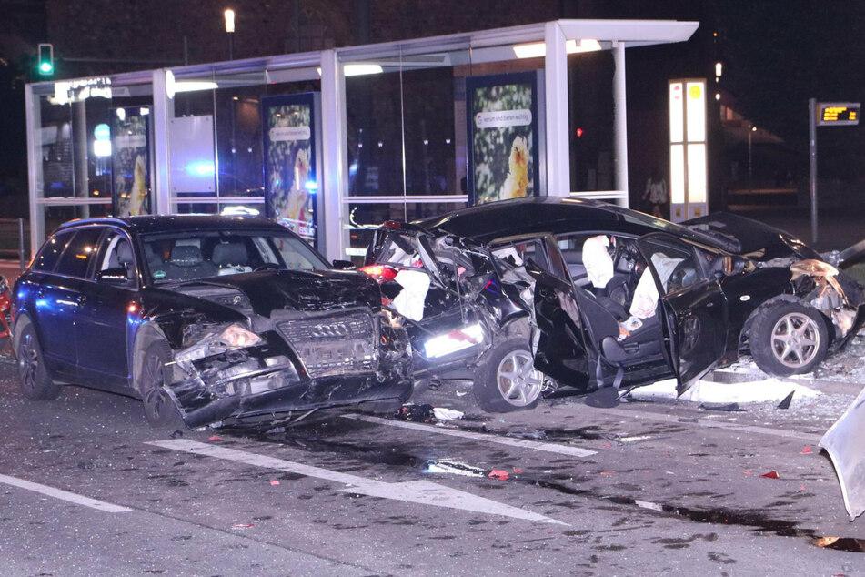 Ein betrunkener Autofahrer baute in Berlin-Mitte drei Unfälle.