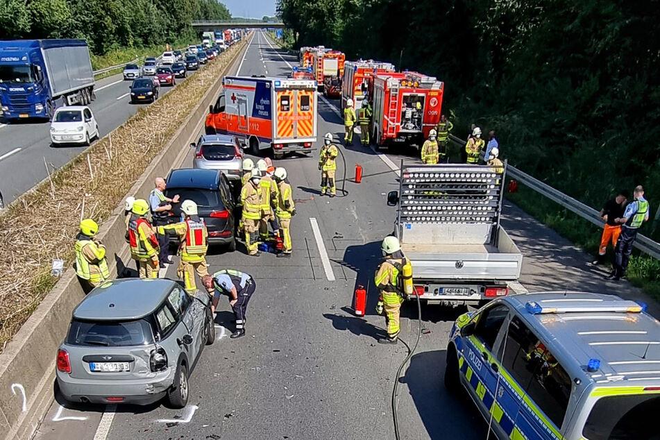 Wegen eines Unfalls zwischen vier Fahrzeugen war die A46 am Freitagnachmittag in einer Richtung gesperrt.