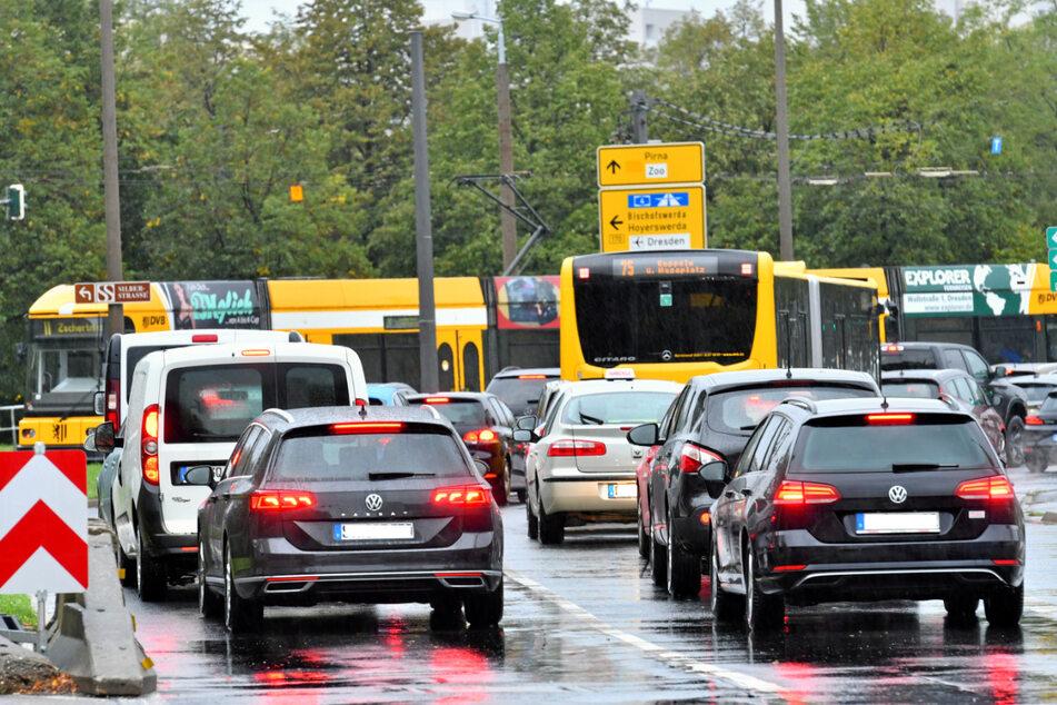 Parksuchverkehr soll durch bessere Navi-Apps kanalisiert werden.