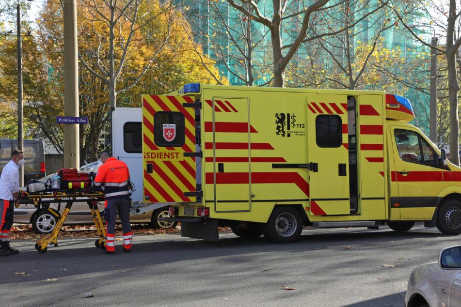 Auch der Rettungsdienst war vor Ort. Verletzt wurde glücklicherweise aber niemand.