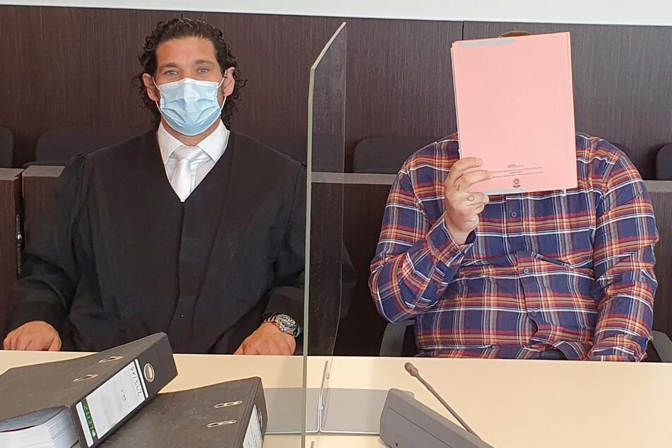 Für den Geiselnahme-Prozess sind bis zum 6. Juli noch zwei weitere Verhandlungstage am Düsseldorfer Landgericht angesetzt.