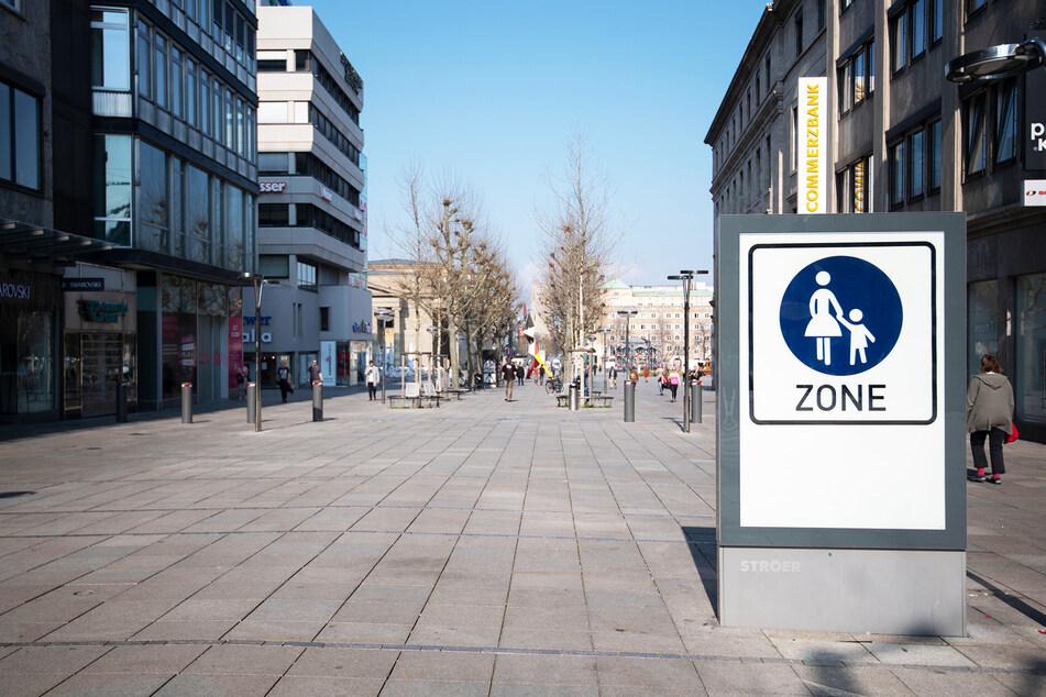 Aufgrund des Shutdowns blieben viele Fußgängerzonen in Deutschland leer.