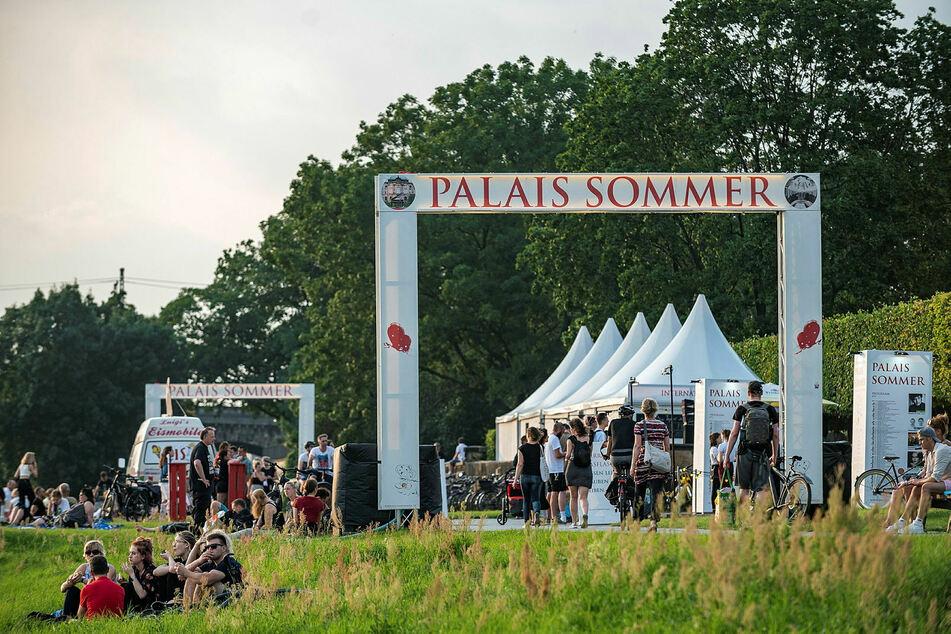 Der Eintritt für Konzerte im Palais Sommer ist möglich, aber auf 999 Besucher begrenzt.