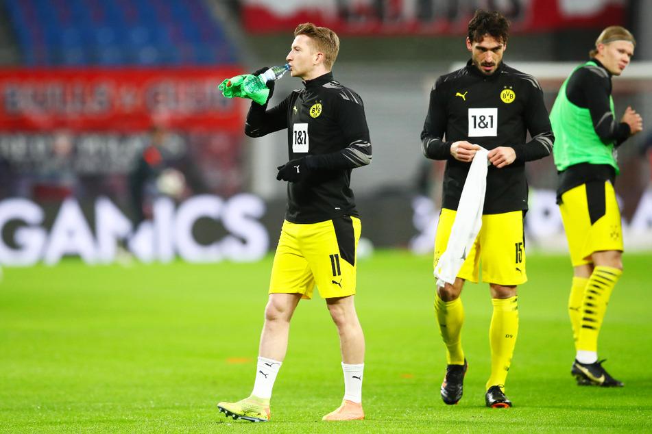BVB-Kapitän Marco Reus (31, l.) und Abwehrchef Mats Hummels (32, M.) drohen für das Champions-League-Viertelfinal-Rückspiel gegen Manchester City auszufallen.