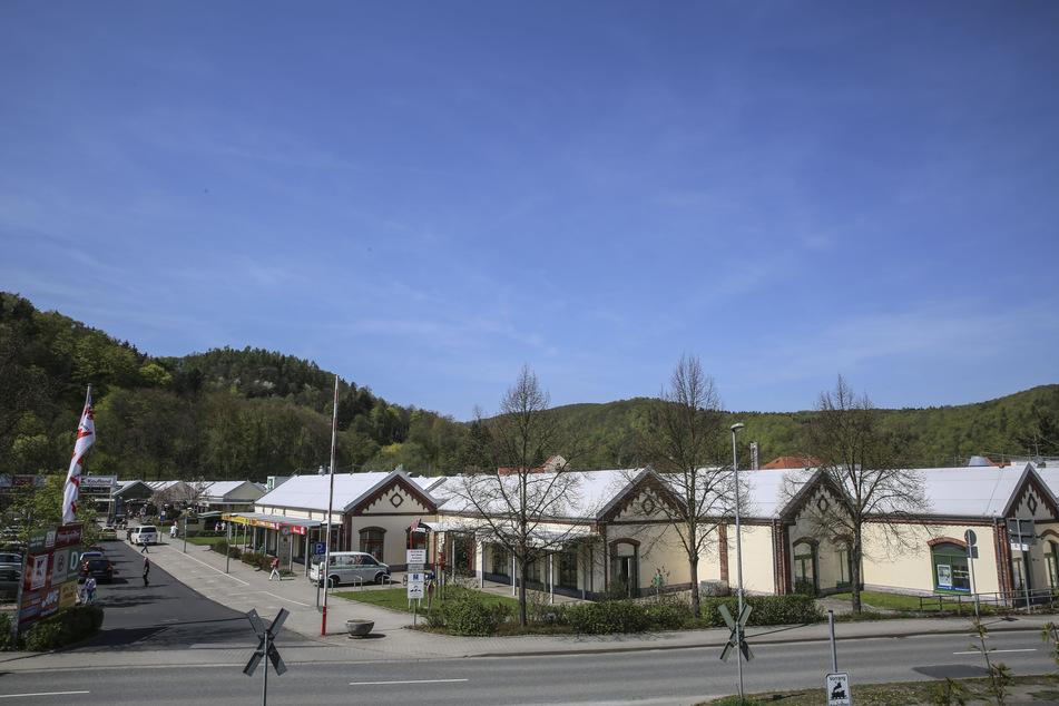 """Der """"Weißeritz Park"""" in Freital: Mitarbeiter und Angestellte der Verkaufseinrichtungen bekommen eine Parkplatz-Ausnahmegenehmigung."""