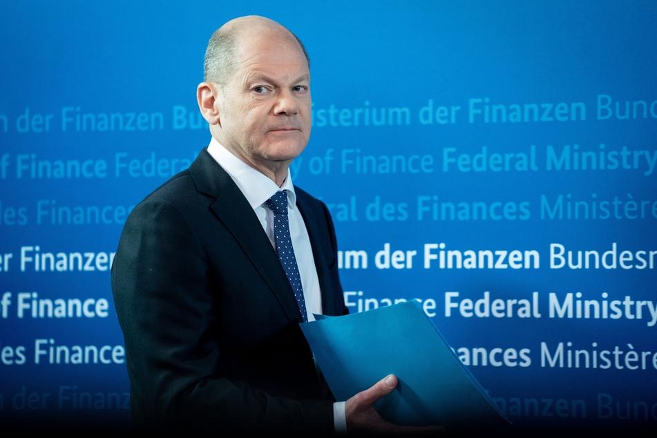 """Trotz anhaltender Kritik hat Vizekanzler Olaf Scholz (62, SPD) die geplanten Ausgangsbeschränkungen wegen der dritten Corona-Welle als """"verhältnismäßig"""" verteidigt."""