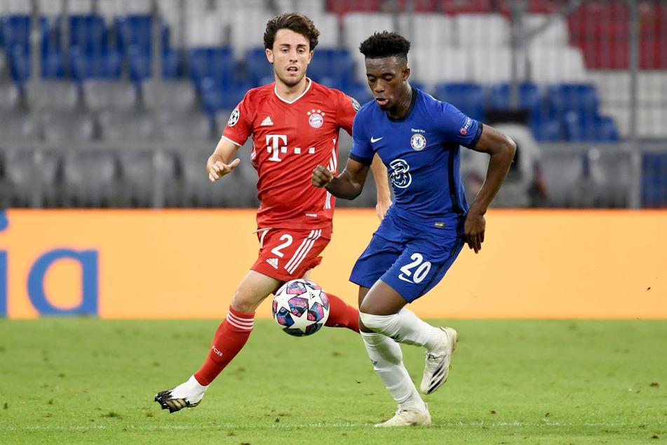 In der Champions-League traf Hudson-Odoi zuletzt noch auf die Münchner Bayern. Kommt er nun doch bald auf die Säbener Straße?