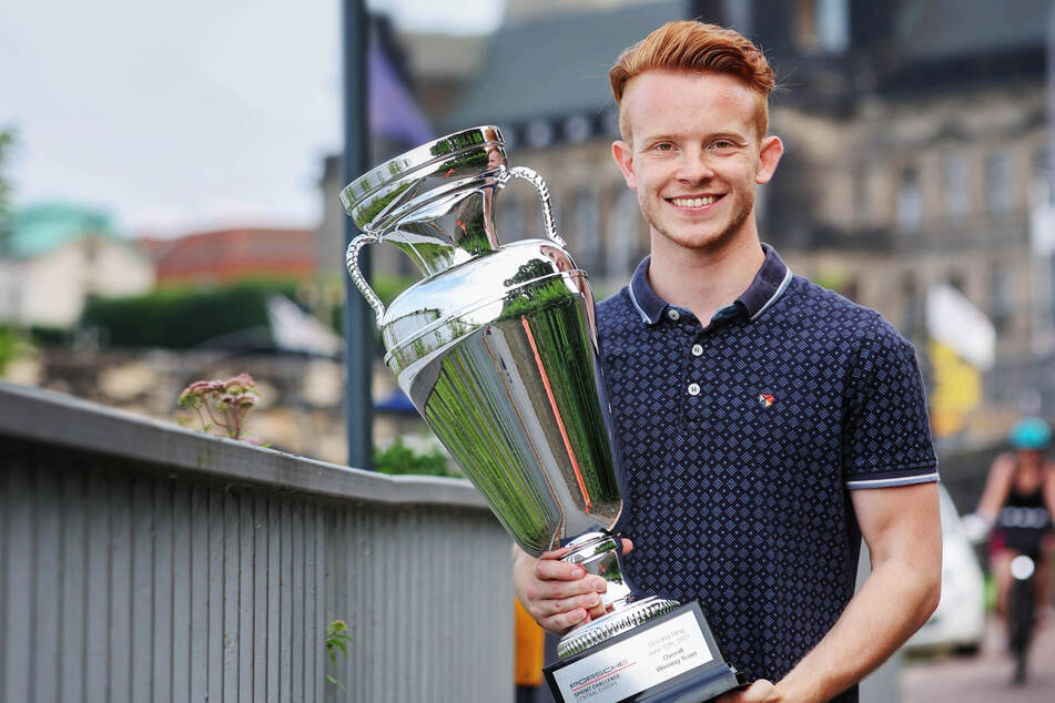 Jonas Greif (20) will künftig auch Formel-1-Pokale in Händen halten.