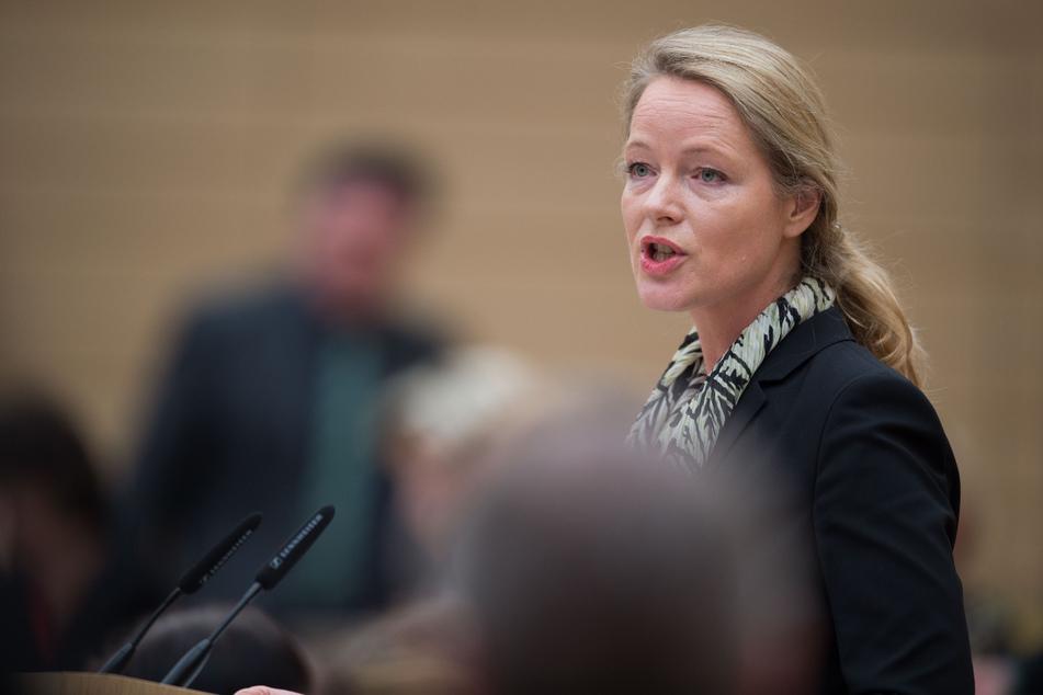 Umweltministerin Thekla Walker (52, Grüne).