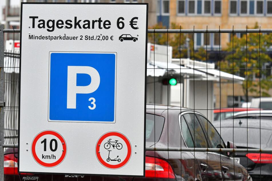 Aktuell werden sechs Euro pro Tagesticket fällig, bereits nächstes Jahr könnte eine Obergrenze wegfallen.