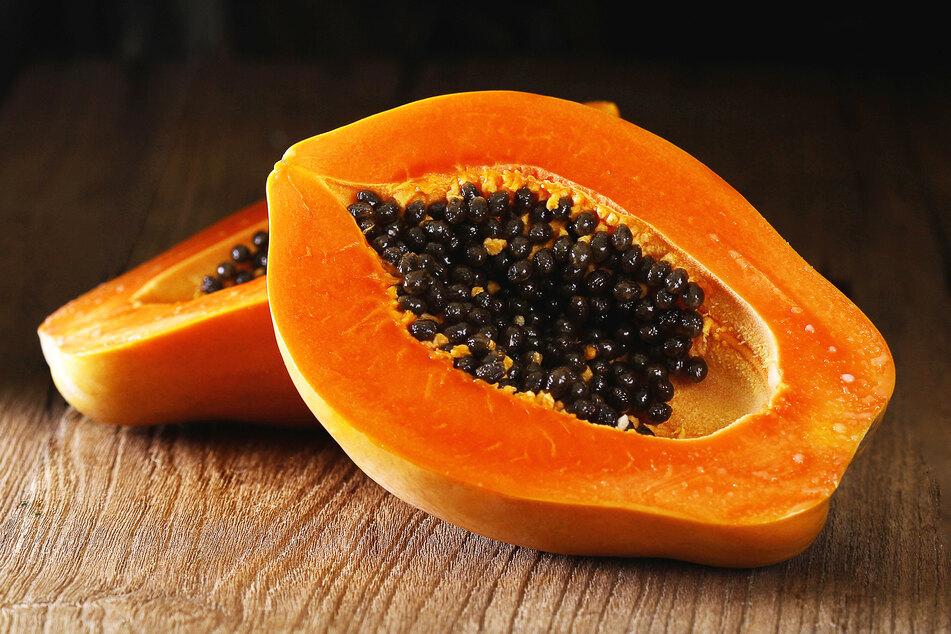 Auch Papaya wurde positiv auf das Coronavirus getestet. (Symbolbild)