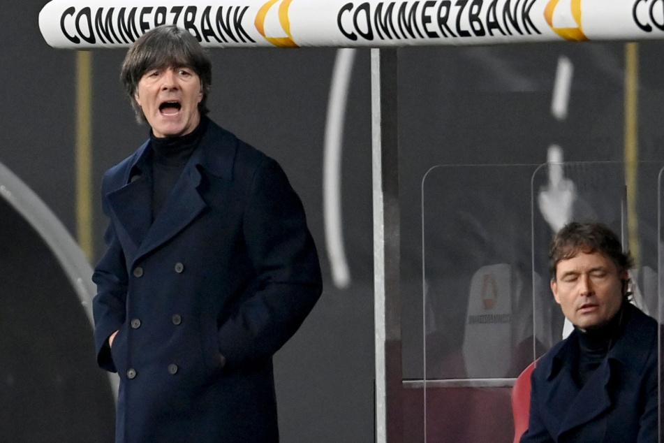 Joachim Löw (60, l.) will mit der deutschen Nationalmannschaft weitere Siege einfahren.