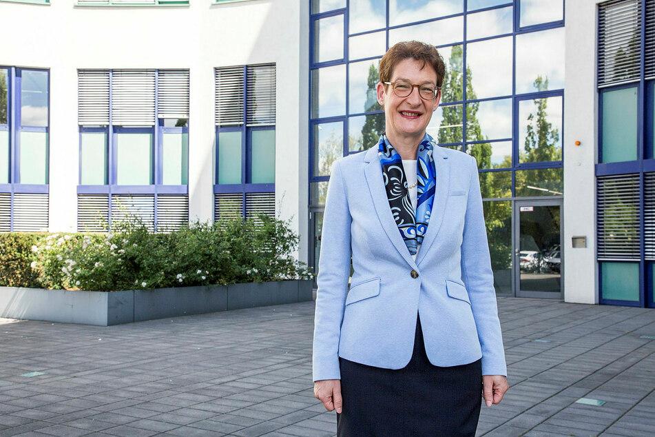 Stolz auf ihren neuen Dienstsitz: SAB-Vorstandschefin Dr. Katrin Leonhardt (54).