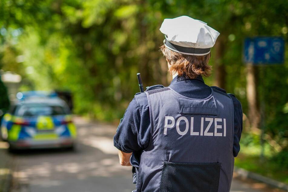 Polizei findet Frauenleiche in Aue: Wählte der Täter selbst den Notruf?
