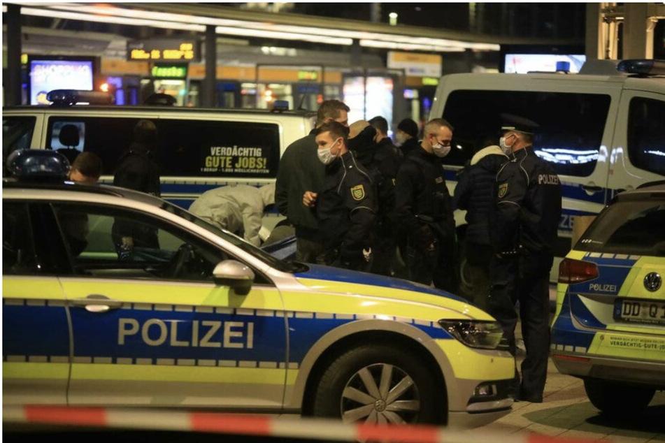 Im November 2020 kam es nach der Tat auf dem Willy-Brandt-Platz zu einem größeren Polizeieinsatz.