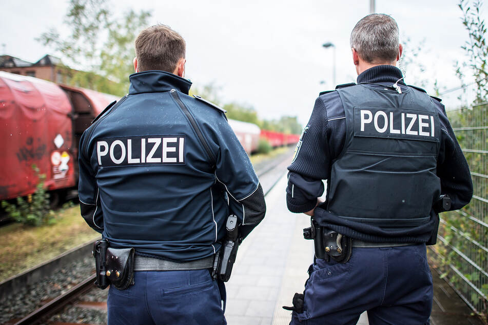 Bundespolizisten nahmen den Schwarzfahrer in Coswig fest. (Symbolbild)