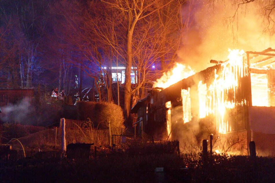 """Die ehemalige Gaststätte """"Waldhaus"""" wurde im April bei einem Brand komplett zerstört. Sie wurde als Treffpunkt der rechten Szene genutzt. Hinter diesem und weiteren Anschlägen sollen Linksextremisten stecken."""