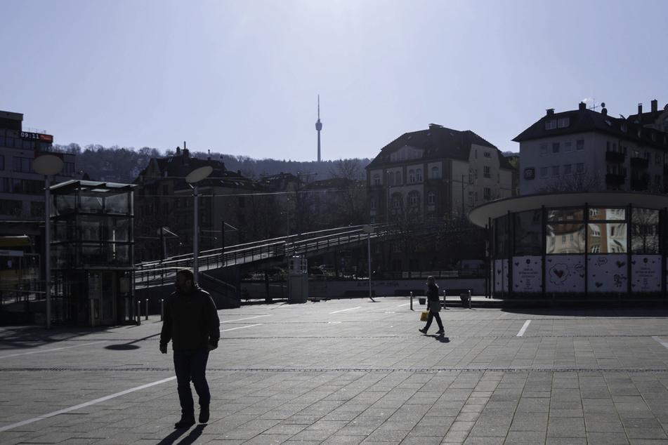 Stuttgart verhängt für dieses Wochenende ein Aufenthaltsverbot unteranderem für den Marienplatz.