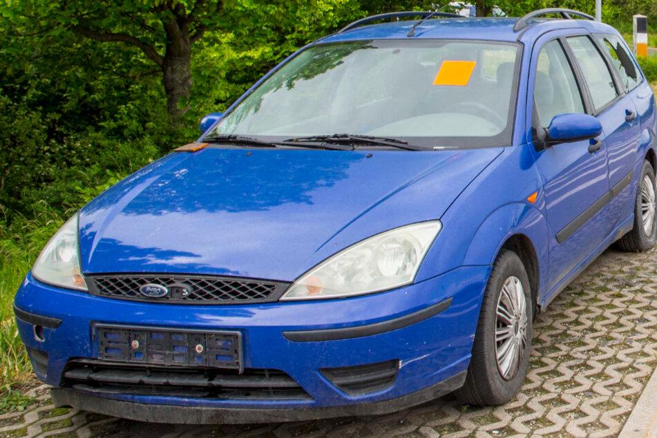 Dresden: Die irre Geschichte eines Wracks an der A17: Besitzer aus Polen kann sein Auto nicht holen