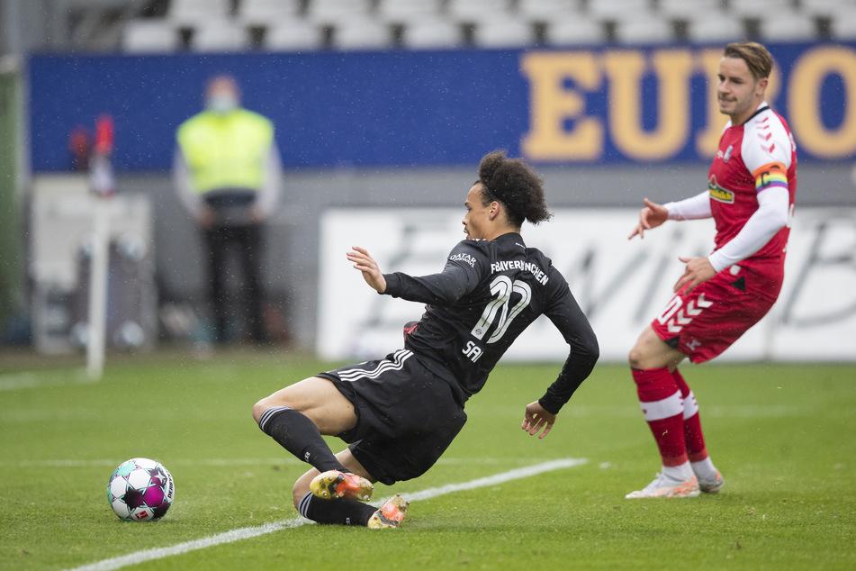 Leroy Sané musste sich zwar strecken, hatte aber letztlich keine großen Probleme, das 2:1 für den FC Bayern München gegen den SC Freiburg zu erzielen.