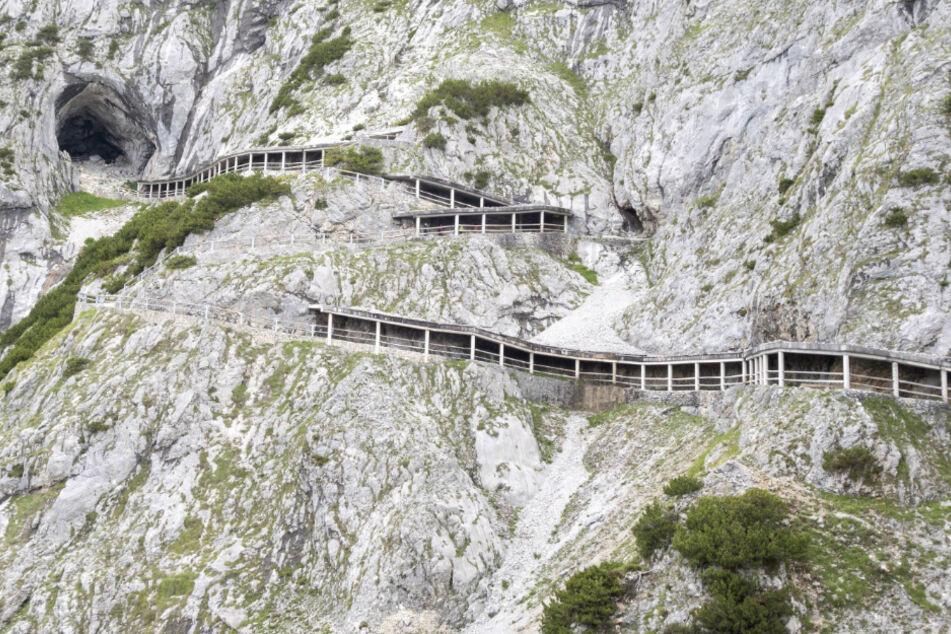 Eishöhlen-Drama: 13-Jähriger nahe Salzburg durch herabfallende Steine getötet