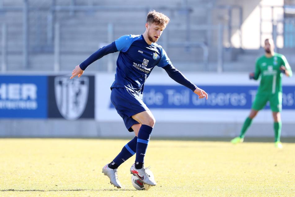 CFC-Abwehrspieler Tim Campulka (21) hatte sich beim Test gegen den TSV Havelse verletzt. Doch nun trainiert er wieder.