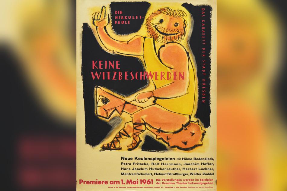 """Auf einer Mischung aus Keule und Steckenpferd reitet Herkules auf dem ersten Plakat des Dresdner Kabaretts """"Herkuleskeule"""" von 1961."""