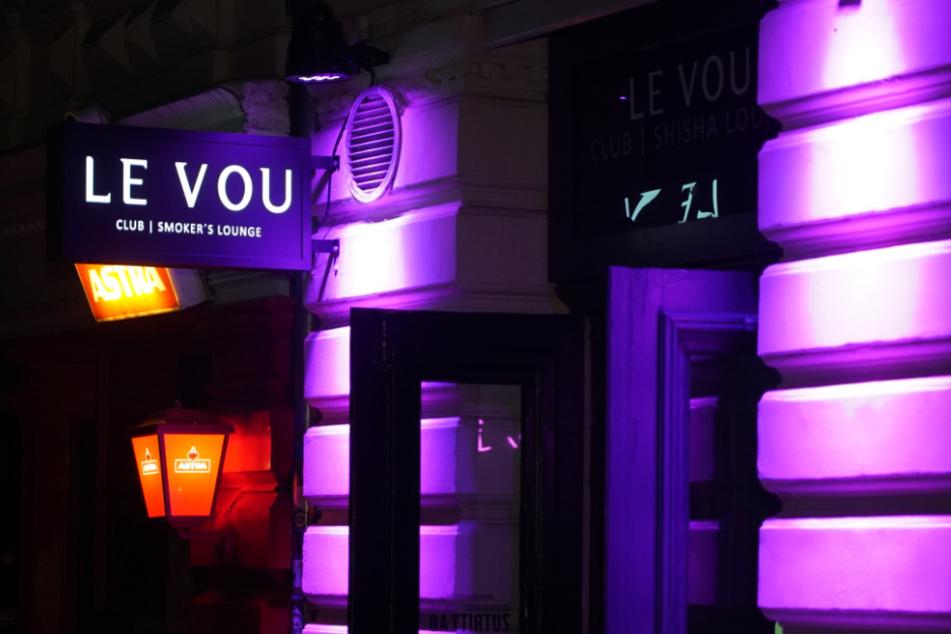 """Im """"Le Vou"""" haben sich 16 Gäste mit dem Coronavirus infiziert."""