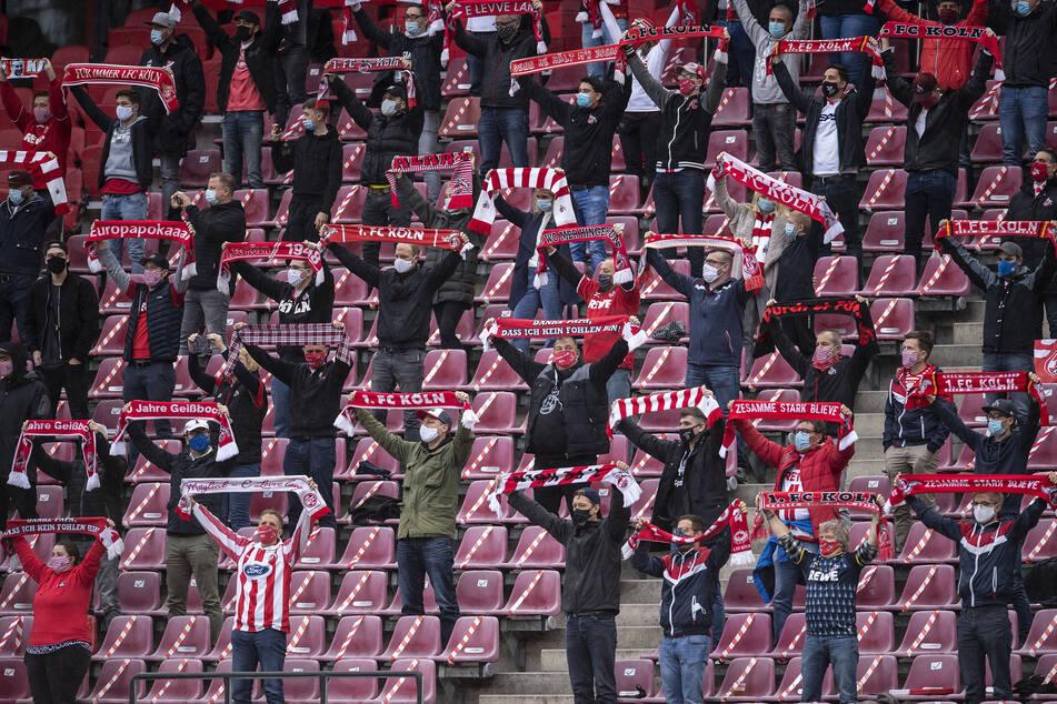 300 Fans waren im Oktober beim Spiel des 1. FC Köln gegen Borussia Mönchengladbach zugelassen. Seitdem blieben die Ränge leer.