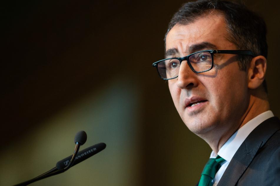 Ex-Grünen-Chef Cem Özdemir mit Coronavirus infiziert!