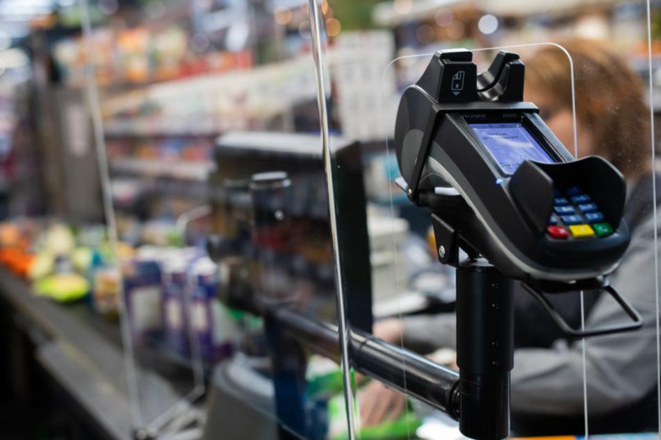 Eskalation im Supermarkt: Streit um richtigen Abstand endet in Schlägerei