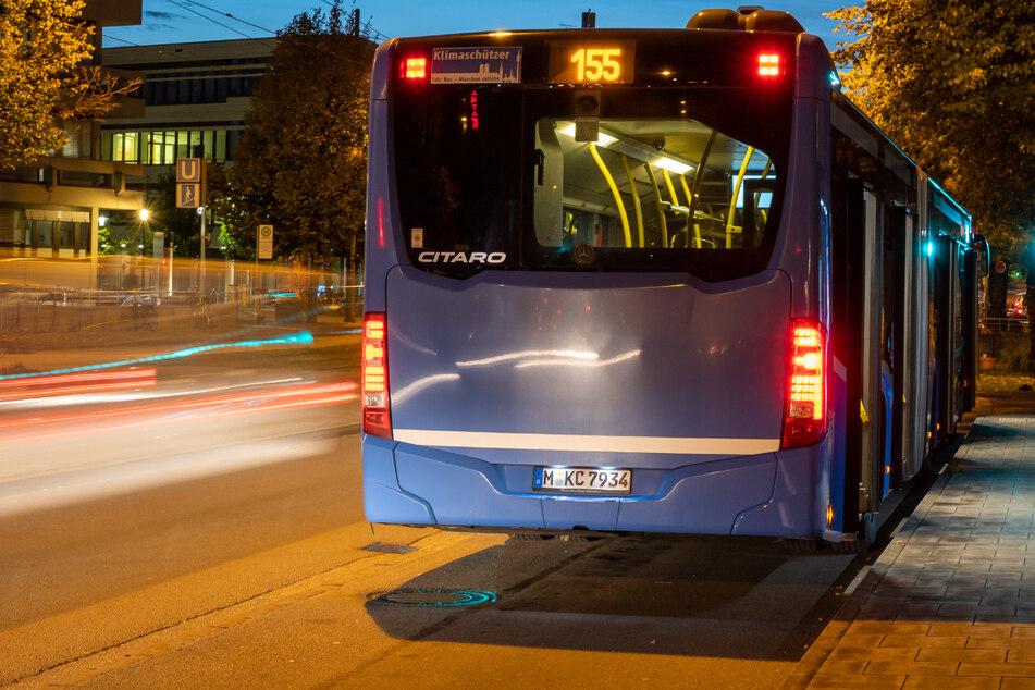 Der 22-Jährige griff einen MVG-Busfahrer an. (Symbolbild)