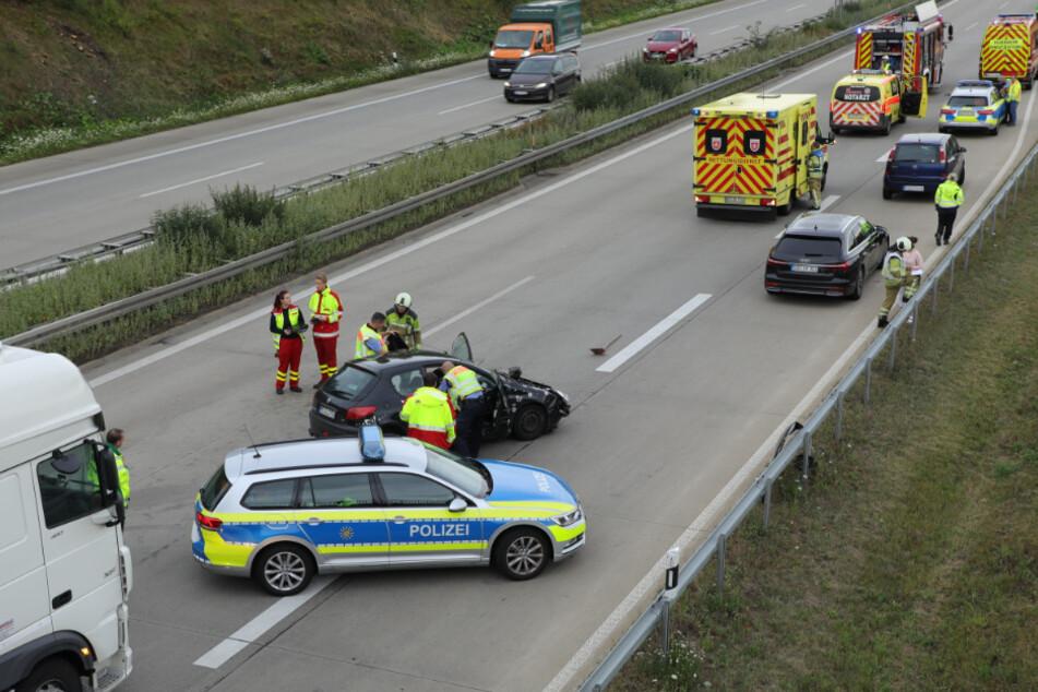 Die Autobahn A17 war für über eine Stunde voll gesperrt.