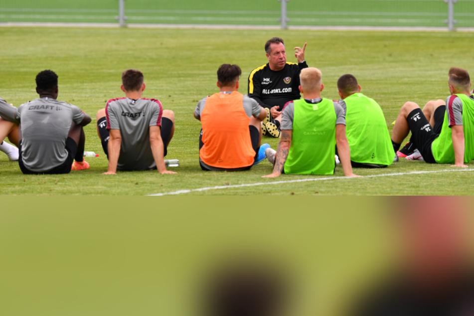 """Trainer Markus Kauczinski setzt ganz bewusst auf die Jungend. In der Vorwoche zog er vier """"U19""""-Spieler hoch."""