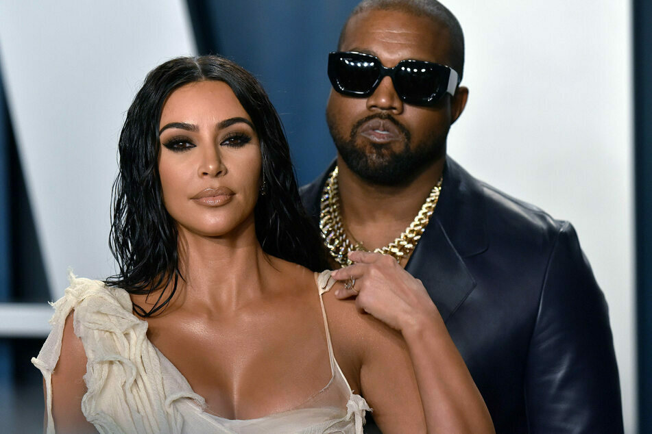 Kim Kardashian (40) and Kanye West (43) are rumored to be in a serious crisis.