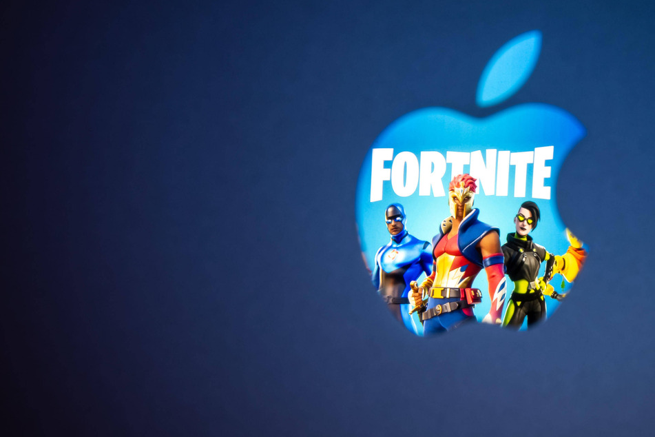 Apple and Fortnite-makers Epic Games wrap up arguments in tech trial of the century